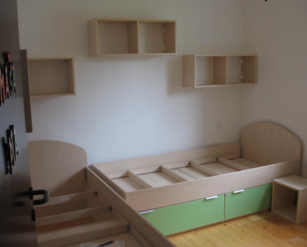 Kako prihraniti prostor v otroški sobi